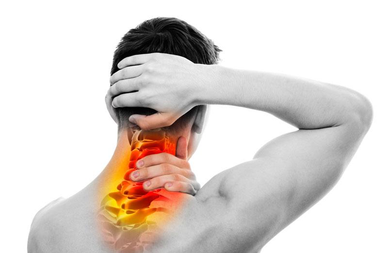 Les douleurs dans le domaine du nombril à gauche et dans le domaine des reins à gauche