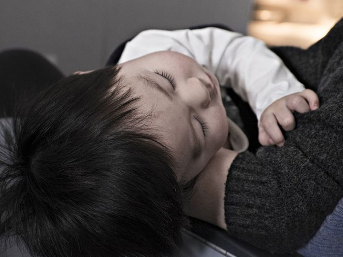 savoir si un bébé a de la fièvre